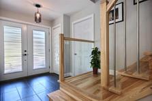 Maison avec garage / Vestibule