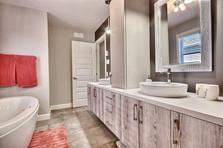 Maison avec garage / Salle de bain 2