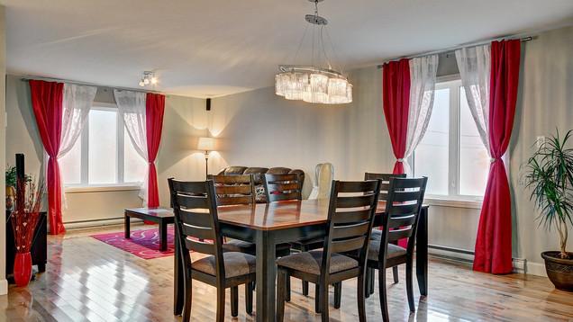 Maison plain-pied avec garage - Salle à manger 1