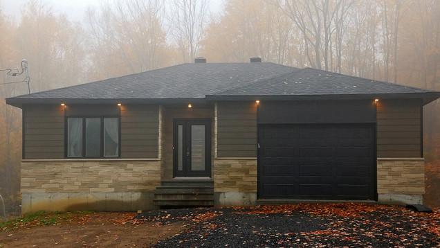 Maison plain-pied avec garage - Extérieur