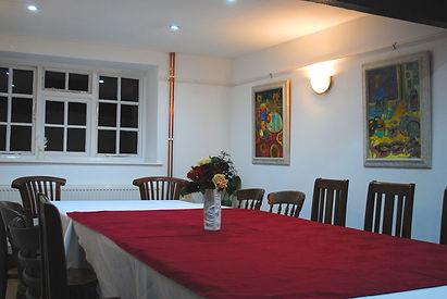 Room1-b.jpg