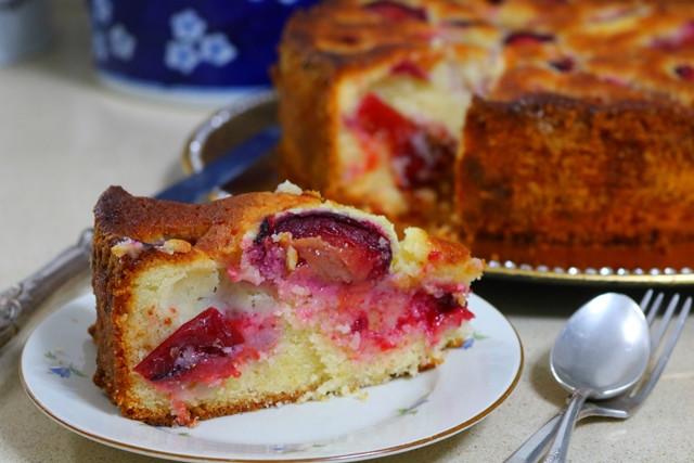 עוגת שזיפים | רוקחת החלומות