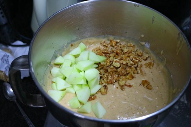 עוגת תפוחים ושמן זית | רוקחת החלומות
