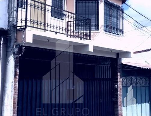 Vivienda cerca de Plaza Merliot en pasaje privado con vigilancia las 24 horas