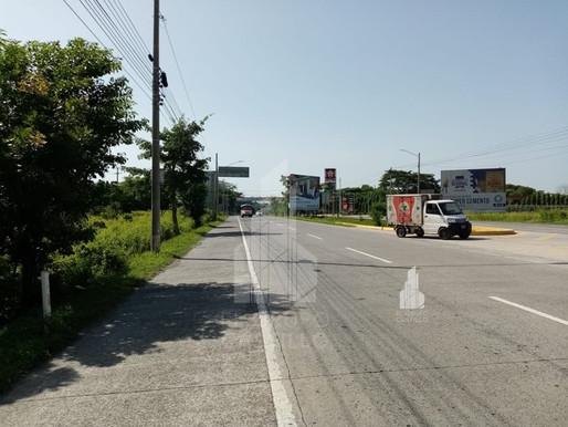 En Super oferta  terreno de 2.5 MZ frente a Autopista a Comalapa