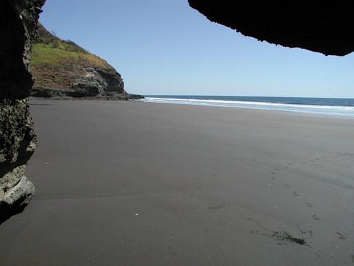 "37 MZ en playa ""TEXICIO"" Carretera El Litoral, La Libertad"