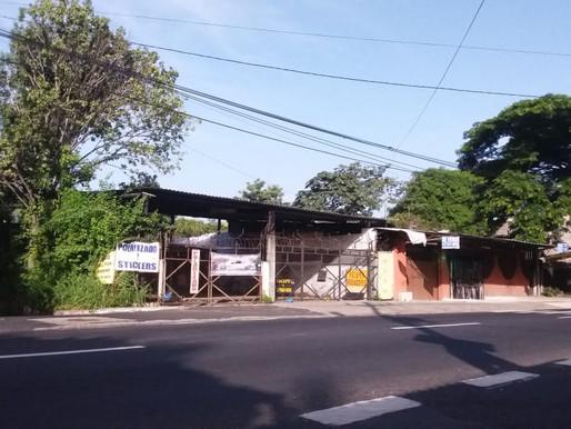 EN SUPER OFERTA 466 V2 EN LA MERA ZONA DE COMERCIO DE LOURDES, COLON, DE DOBLE FRENTE