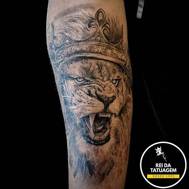 Há várias formas de se tatuar e do que