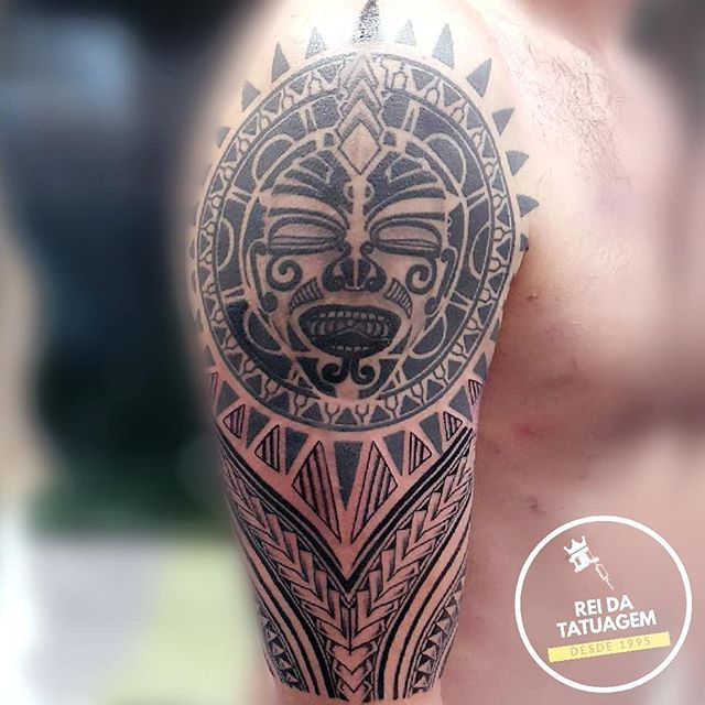 As tatuagens maori são feitas de símbolo