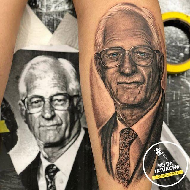 Muitas tattoos para Homenagear alguém sã