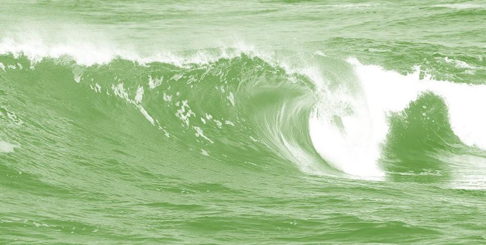 green wave.jpg