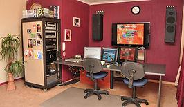 Studio+004+small.jpg