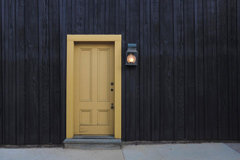 building-door-entrance-exit-277559.jpg