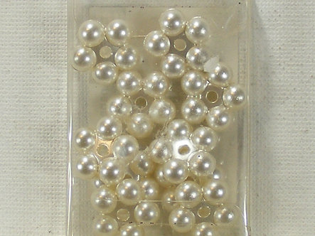 PaperCellar - Ivory Flower Pearl Beads