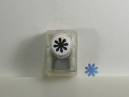 Create & Craft - Snowflake Punch (Used).