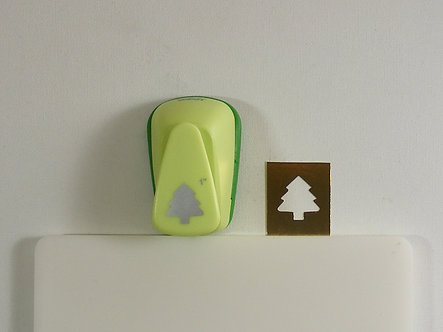 """Woodware Craft Collection - 1"""" Christmas Tree Punch."""