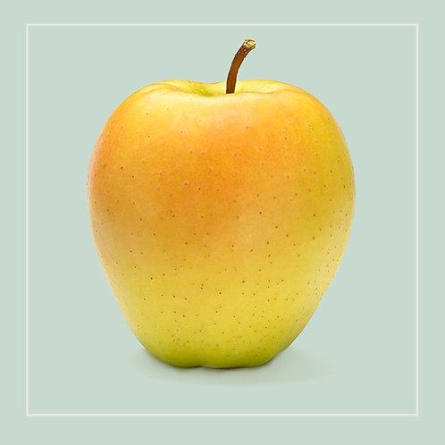 Apple Golden Delicious each