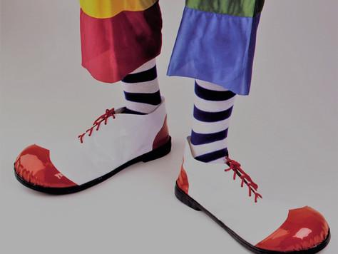 Unos zapatos grandes