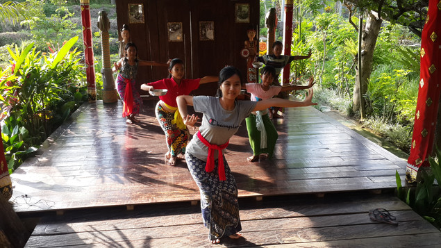 DanceClass10.jpg