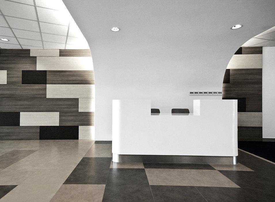 lobby1bw.jpg