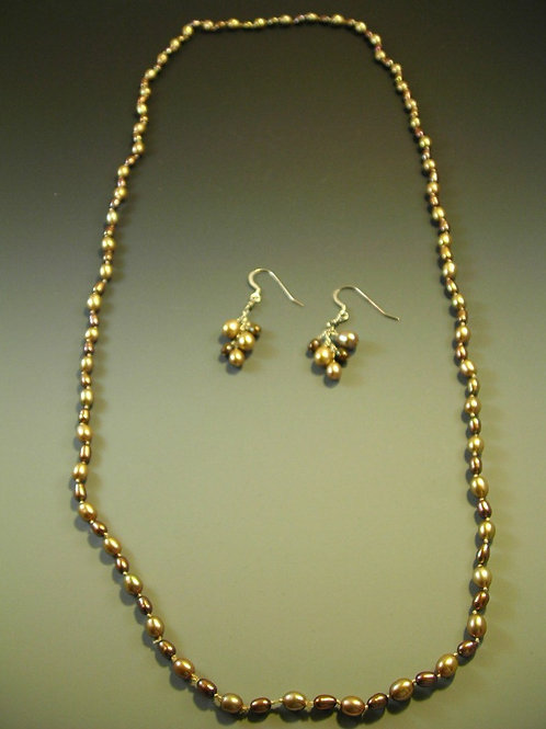 #S417 Pearl Necklace and Earring Set