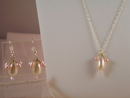 #S2540 Pearl Necklace and Earring Set