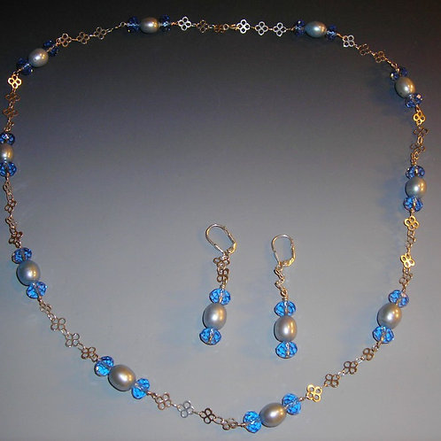 #S3321.  Necklace and Earring Set
