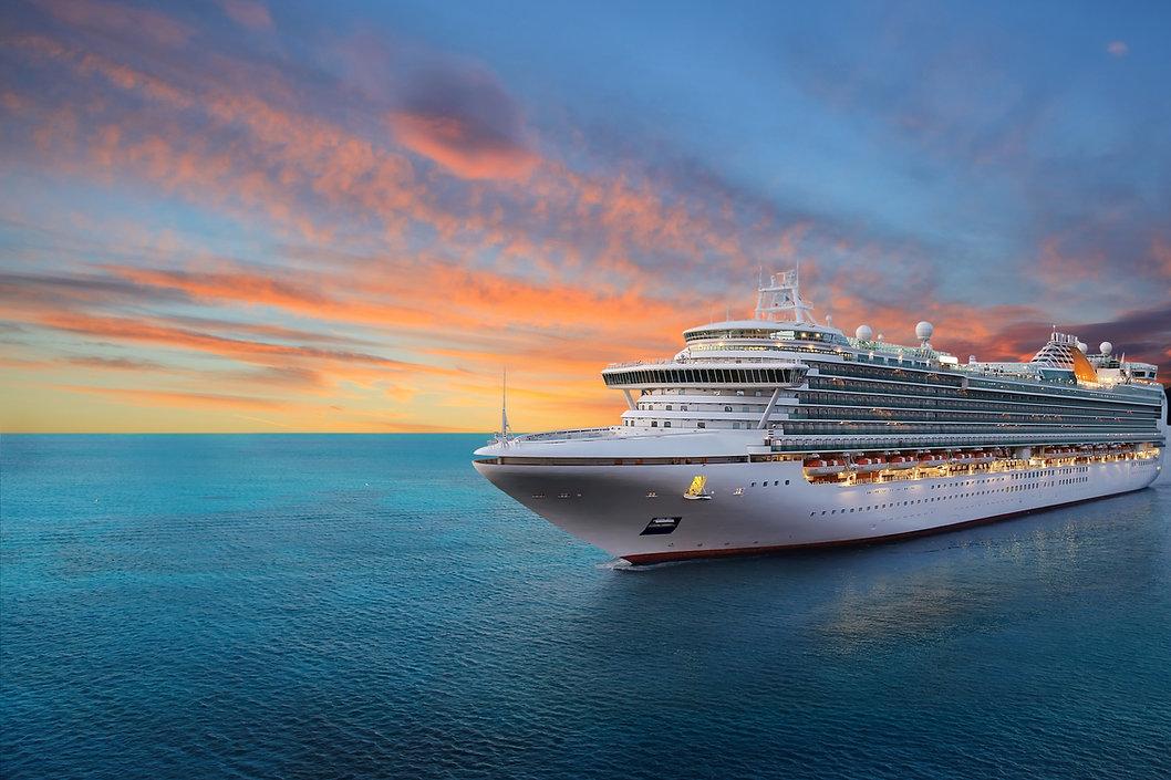 Luxury cruise ship sailing to port on su