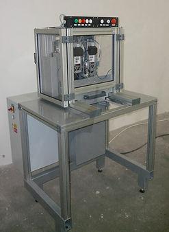 jednoúčelový stroj