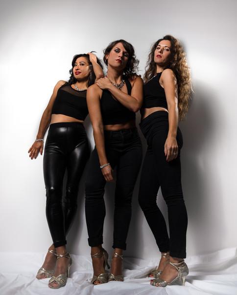 Mambo Reinas ( Salsa Group )