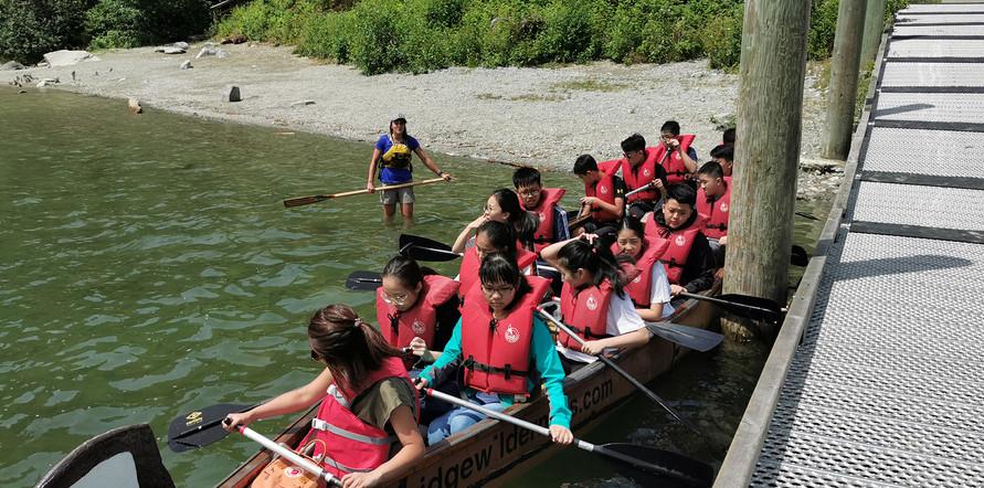 canoegroup.jpg