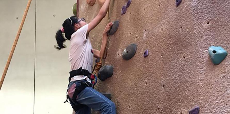 rockclimbing4.jpg
