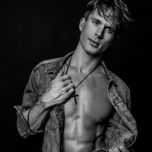 Lucas Seiler model shot