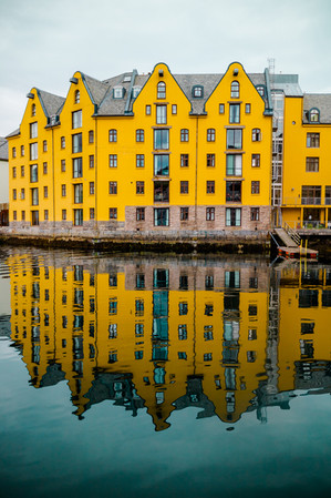 The Yellow Hotel - Down Town - Aalesund, Norway