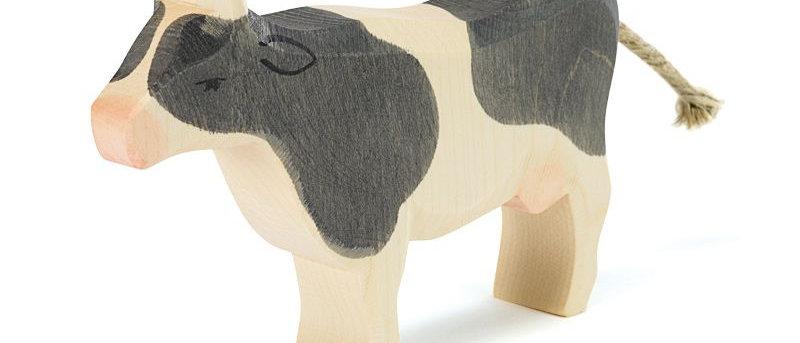 Ostheimer Kuh, schwarz stehend