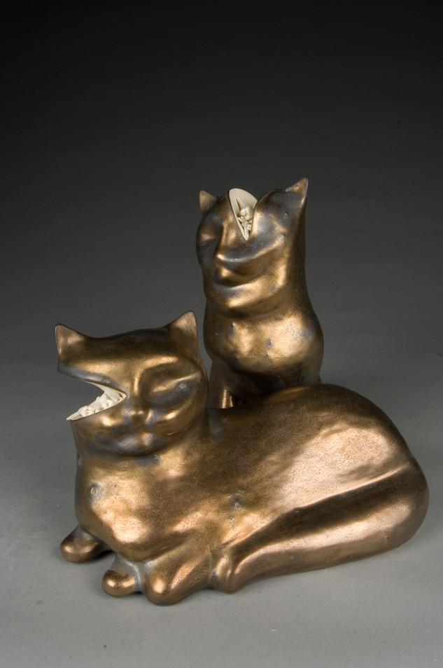 replica (cats & teeth)