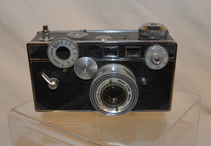 Period Argus C3 -brick- camera