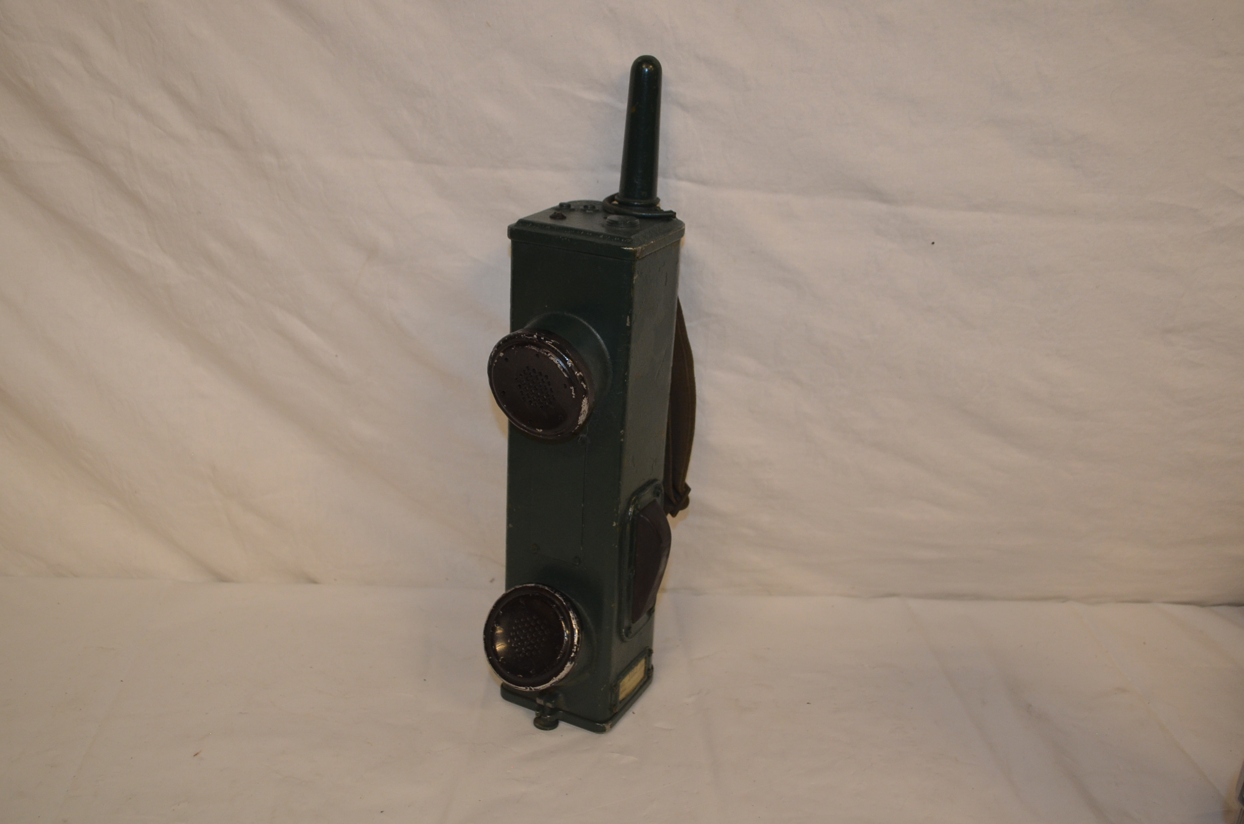Period military walkie