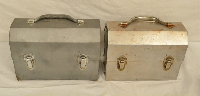 Soft-Real metal lunch box