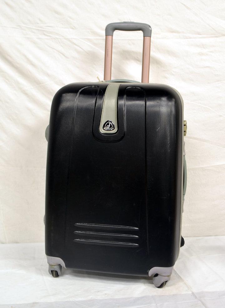 Medium size rolling luggage