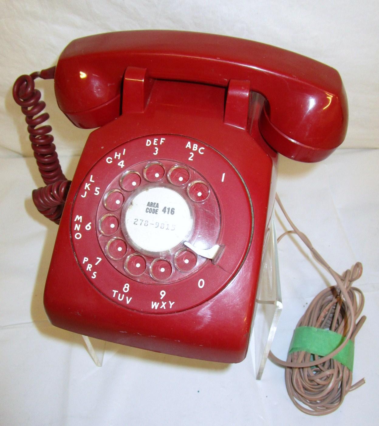 Rotary dial desktop phone