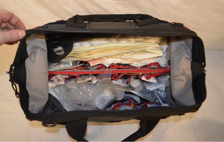 Nylon doctors bag (inside)