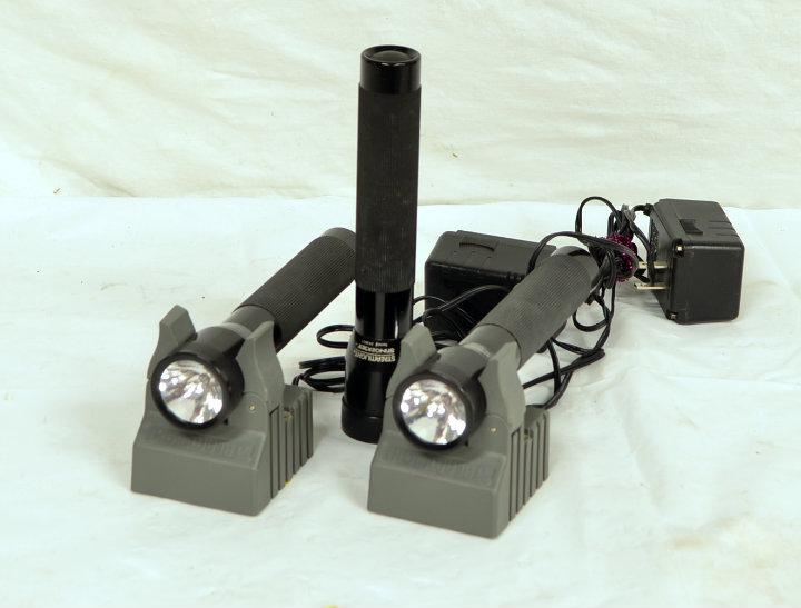 Streamlight Stinger XT flashlights