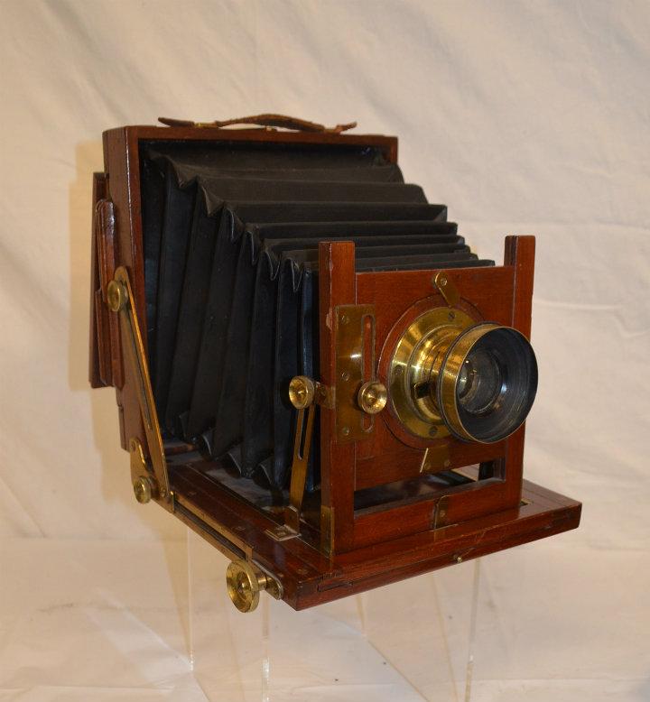 Period glass plate wooden camera