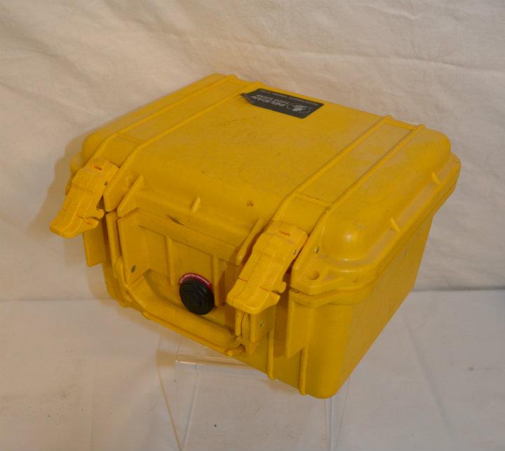 Pelican 1300 yellow case