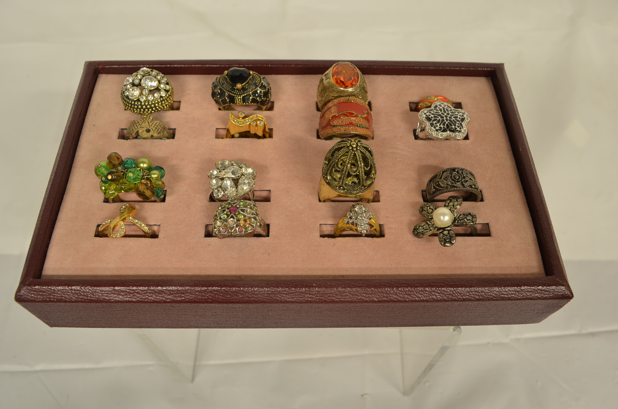 Assorted womens rings