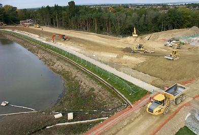 Tilgate Dam Construction.png