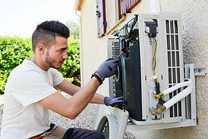 air-conditioning-technicians-itrade.jpg