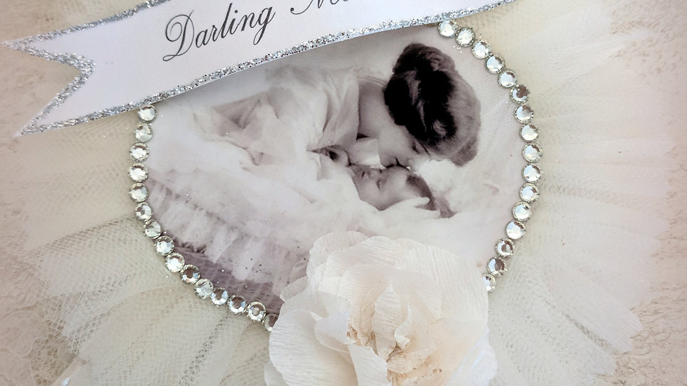 Darling Mother Tulle Prize Pin