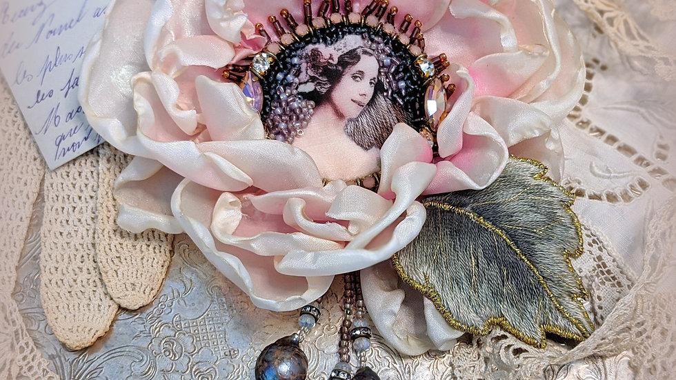 Lady Pivoine Brooch